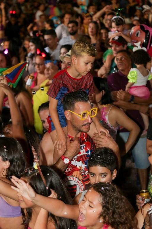 carnaval (9) (Medium)