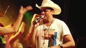 Frank Aguiar faz show no CTN
